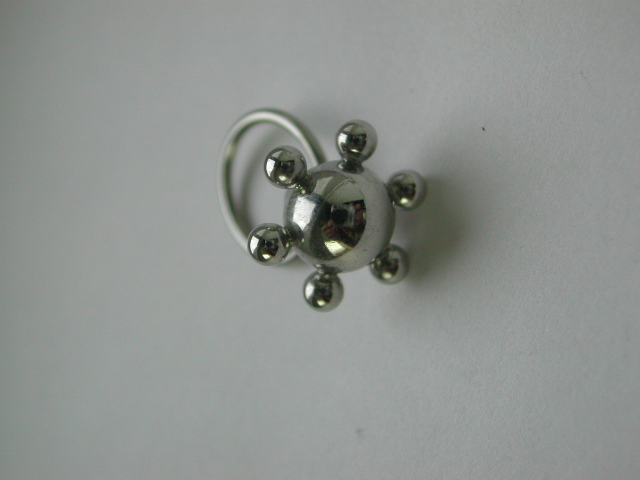 Sphere body jewelry design wholesale-- Fashion body jewelry rings with six small spheres around the centre large sphere