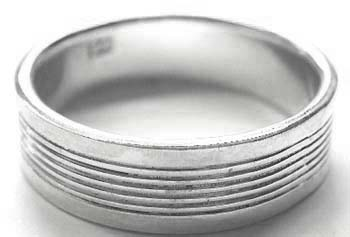 silver jewelry factory distributor supply - Fashion style 925. sterling silver ring with six circle around the surface of ring