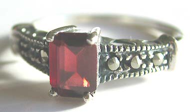 Manufacturer of fashion ring jewelry - Fashion style ring with red germ stone
