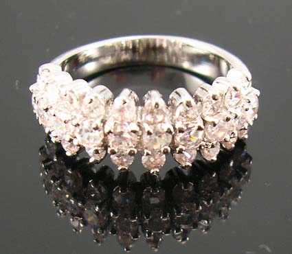 Finest diamond cz fashion jewelry wedding ring manufacturer supply rhodium ring with multi clear cz embedded three rows