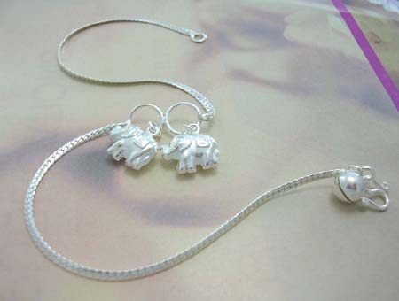 Fashion anklet with animal design supplier import sterling silver anklet with double solid elephant and jiggle bell