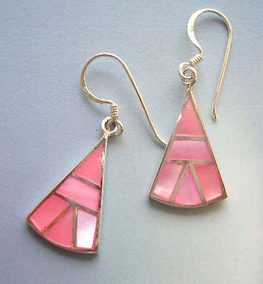 Custume fashion jewelry wholesale supply pink triangular mother of pearl sterling silver earrings