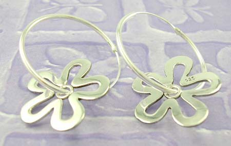 Fashion jewelry gift on line shopping in cut-out flower sterling silver earring loop