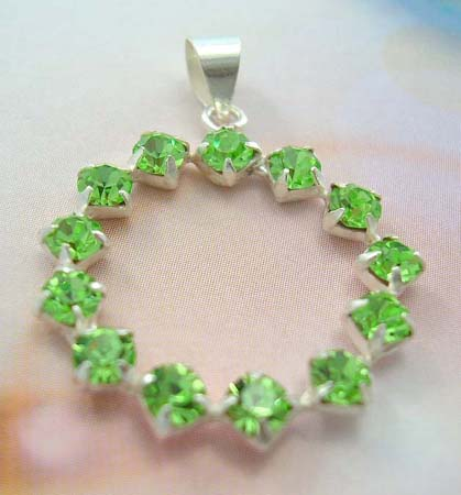 Fashion teen gift Cz charm wholesaler supply sterling silver pendant with multi rounded green Cz