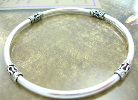 Bangle jewelry fashion for Bali lover wholesale supply sterling silver bangle with four mystice signs
